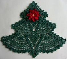 Crochet a Christmas tree