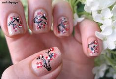 hand painted nails