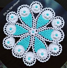 Crochet Doilies, Knit Crochet, Diy And Crafts, Blanket, Knitting, Model, Freeform Crochet, Weaving Patterns, Centerpieces