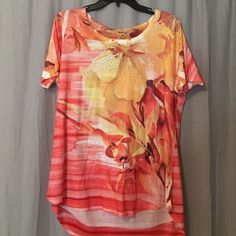 Style & Co. Floral Sparkly Tee, Size 0X Style Co. Floral Sparkly Tee, Size 0X, never worn just don't have tags anymore Style & Co Tops Tees - Short Sleeve