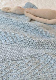 Easy Blanket Knitting Patterns, Easy Knit Blanket, Knitted Afghans, Knitted Baby Blankets, Baby Afghans, Free Knitting, Baby Knitting, Beginner Knitting, Knitting Yarn