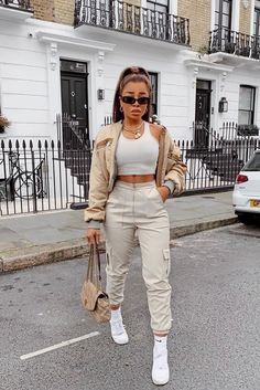 Cute Swag Outfits, Retro Outfits, Stylish Outfits, Tomboy Fashion, Look Fashion, Streetwear Fashion, Fashion Women, Fashion 1920s, Ski Fashion