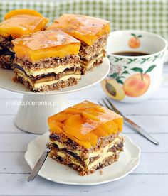 Słoneczna Delicja - Christmas cake with delicates, delicacies and peaches Other Recipes, Sweet Recipes, Cake Recipes, Easy Blueberry Muffins, Different Cakes, Savoury Cake, Coffee Cake, Clean Eating Snacks, Yummy Cakes