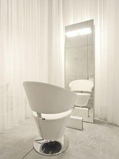 white hairdresser salon