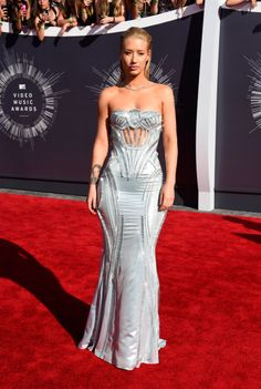 Iggy Azeala in Atelier Versace at the VMA Awards 2014 http://www.graziadaily.co.uk/fashion/news/2014-vmas--see-all-the-best--and-worst--dressed-stars