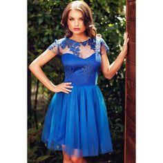 Rochie scurta de ocazie in tonuri vibrante de albastru  Vara aceasta, remarca-te la evenimentele speciale cu o rochie scurta de ocazie in tonuri vibrante de albastru. Confectionata din tul si dantela, rochia scurta albastra este creata astfel incat sa flateze orice tip de silueta, si sa se potrive Blue Dresses, Prom Dresses, Blue Lace, New Dress, That Look, Tulle, Velvet, Formal, Casual