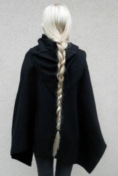 Nu Goth — novemberkind: self, cape and braid appreciation