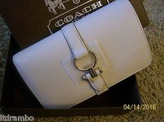 NWT COACH NOMAD MEDIUM WALLET IN GLOVETANNED LEATHER 53714 CHALK- SHIPS FREE!