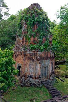 Brick towers, Bakong, Angkor, Cambodia by Ilona Schäfer