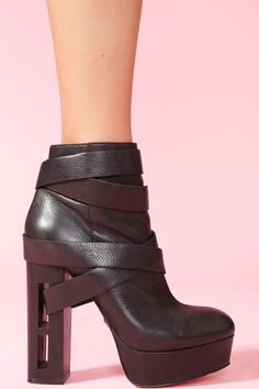 Jyll Platform Boot ... I want this...