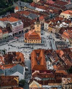 Beautiful Places To Travel, Best Places To Travel, Places To See, Brasov Romania, Visit Romania, Romania Travel, Destination Voyage, The Beautiful Country, Roman Holiday