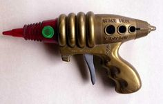 Toy Ray Gun | Vintage and Retro Space Age Raygun, Rocket and Robot Toys | Sugary.Sweet