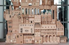Paper Architecture: This magnificent castle was in the front of Dedon showroom during Fuorisalone Cardboard City, Cardboard Castle, Cardboard Sculpture, Cardboard Paper, Cardboard Crafts, Cardboard Houses, Instalation Art, Paperclay, Paper Houses