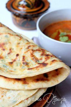 Ramadan Recipes 389983648972046949 - Pain arabe farci au fromage Source by Pan Arabe Relleno, Tapas, Plats Ramadan, Bread Recipes, Cooking Recipes, Cooking Bread, Good Food, Yummy Food, Ramadan Recipes