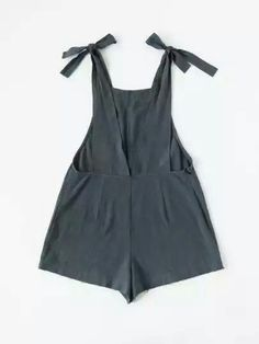 Shop Self Tie Raw Hem Pinafore Romper online. SheIn offers Self Tie Raw Hem Pinafore Romper & more to fit your fashionable needs. Fashion Mode, Diy Fashion, Ideias Fashion, Latest Fashion, Pantalon Thai, Diy Vetement, Beachwear For Women, Mode Outfits, Diy Clothing