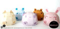 Dans la catégorie des papertoys hyper kawaii, je vous présente les Doolcot ! Des jouets en papier aux formes arrondies particulièrement attendrissants, qui nous viennent tout droit de la Toxic Paper Factory. Déclinés sur la base des papertoys Dokusei ninja…