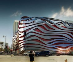 Petersen Automotive Museum Unveils Eye-Catching New Exterior by Kohn Pedersen Fox. Courtesy of Petersen Automotive Museum.