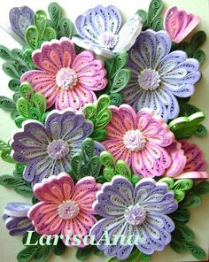 Quilled bunch of flowers Quilling Work, Neli Quilling, Origami And Quilling, Origami Paper Art, Quilling Jewelry, Quilling Paper Craft, Paper Crafts, Paper Quilling Patterns, Quilling Designs