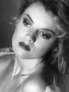 Model: Ruth Gordon