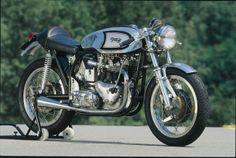 Triton originale: motore Triumph e telaio Norton Norton Bike, Norton Motorcycle, Cafe Racer Motorcycle, British Motorcycles, Triumph Motorcycles, Vintage Motorcycles, Standard Motorcycles, Triumph Cafe Racer, Cafe Racers