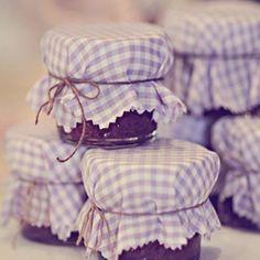 Lavender wedding inspiration by Postcards & Pretties.