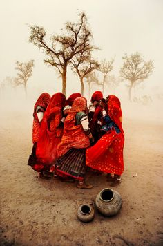 Steve McCurry INDIA. Rajasthan. 1983. Dust storm.