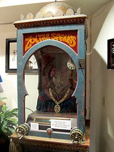 Zoltar - the original fortune telling machine from he movie BIG