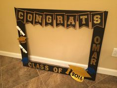 Graduation DIY photo booth
