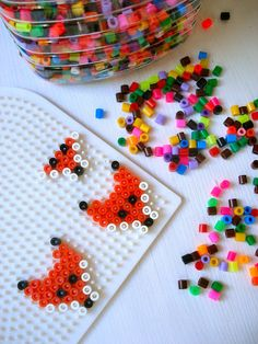A fox in perler bead form