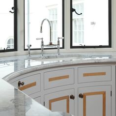 A beautifully matched and elegant kitchen!