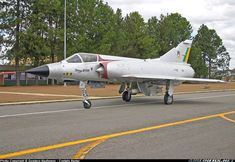 [Canon - Photo taken at Anapolis - Air Base (SBAN) in Brazil on July Aircraft Pictures, Military Aircraft, Canon 300d, Brazil, Air Force, Fighter Jets, Around The Worlds, Planes, Aircraft