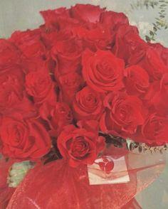 Buket od 50 ruža spreman za dostavu... #dostavacvijeca #internetcvjecarnica