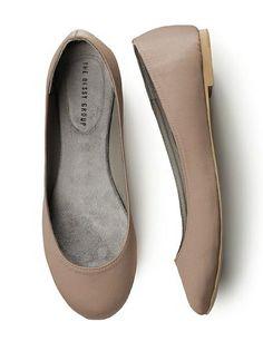 Cute Flats for Bridesmaids    #balletflats #bride #bridesmaids #flats #shoes  
