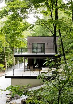 Chalet Lac Champlain by BOOM TOWN BOOM TOWN have designed a contemporary chalet, located near Lake Champlain in Quebec, Canada
