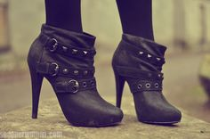 I'm sure I will end up getting something like these as summer shoes instead of flats. Walk In My Shoes, Bootie Boots, Shoe Boots, Boot Heels, Ankle Booties, Black Booties, Heeled Boots, Crazy High Heels, Crazy Shoes