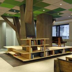 awesome tree room! love it, so easy for a sunday school room or something