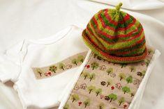 Ravelry: Easy Peasy Newborn Sock Hat by Keri McKiernan
