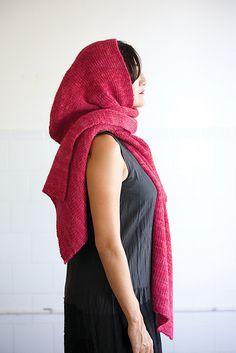 Ravelry: Hooded Wrap pattern by Sabrina Judge.  Similar to Geillis Duncan's wrap.  #outlanderknits