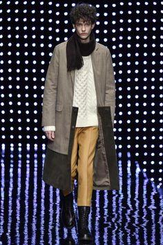Mr. Gentleman Tokyo Fall 2016 Collection Photos - Vogue