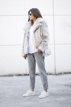 Outfit | Oasis Faux Fur Coat a la minimal