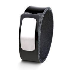 Wear Clint - Tuigleren armband (25mm / zwart lak) met RVS-sluiting. Een stoer design voor mannen en vrouwen Lak, Ready To Wear, How To Wear, Design, Fashion, Wristlets, Moda, Fashion Styles, Capsule Wardrobe