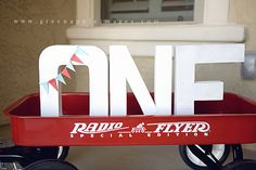 photo op ~ Red Wagon / Radio Flyer Party