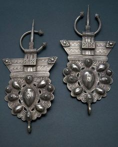 EHTNIC: Ethnic jewelry highlights the work of cultures around the world. A specific culture's jewelry is identifiable by the materials used, the methods of construction, and the symbology that is often inherent in the work.  Decorative Metal Berber Jewelry, Morocco
