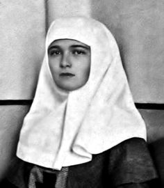 Großfürstin Olga in Schwesterntracht