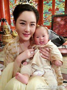 Lạc Tư và Cục Bột Nhỏ Asia, Scarlet Heart, Peach Blossoms, Eternal Love, Drama Movies, Hanfu, Anime Shows, Have Fun, Romance