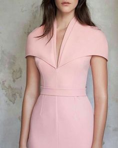 Dresses - Daleyza Heavy Crepe Fitted Dress by Safiyaa Simple Dresses, Elegant Dresses, Cute Dresses, Sexy Dresses, Dress Outfits, Casual Dresses, Fashion Outfits, Office Dresses, Summer Dresses