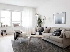 Cozy and light Scandinavian living room. Daniela Witte