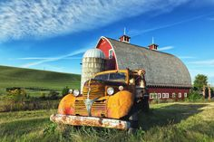 Old yellow truck, new red barn, nestled in a Palouse early morning landscape. Canon EOS 5D Mark III 20mm/ ƒ/10/ 1/1250s/ ISO 1000