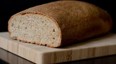 Doesn't looks at all like the picture, doesn't look like bread and very crumbly, good taste but not bread.