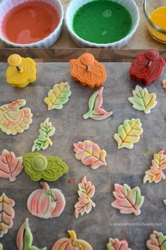 Painted Pie Crust Leaves Tutorial   homeiswheretheboatis.net #fall #recipe